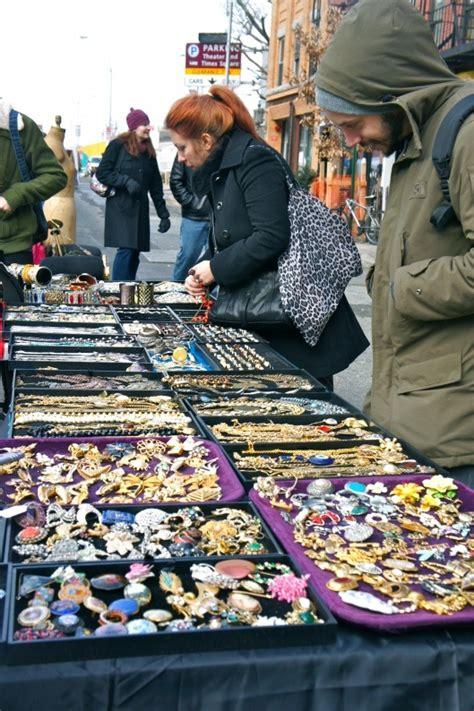 Flea Market Hells Kitchen by Hell S Kitchen Flea Market New York Flea Market