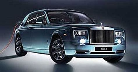 rolls royce unveils phantom 102ex world s most luxurious