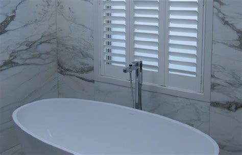 best type of blinds for bathrooms what type of blinds are best for bathrooms 187 russells