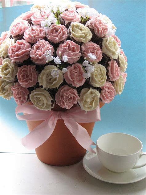 Cupcake Bouquet mini cupcake bouquet tutorial www pixshark images