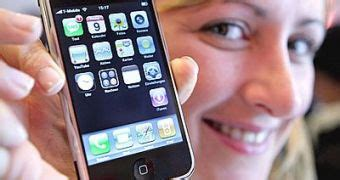 study shows customer dissatisfaction with iphone web browsing