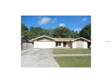 2322 pin oak ln w clearwater florida 33759 foreclosed