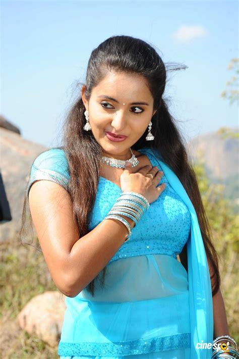 malayalam film actress hot photo gallery bhama malayalam actress latest photos pics wallpaperboss