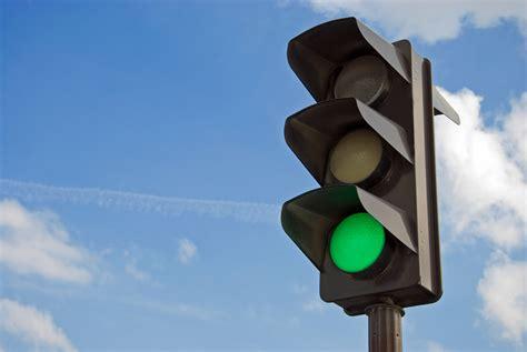 green light driving green traffic lights www imgkid com the image kid has it