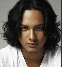 bingung menata model rambut pria panjang berikut tips