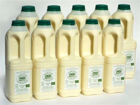 Butter Organic Fresh Salted Dan Unsalted 200g 20 pints organic milk am delivery