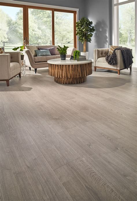 Highly water resistant Misty Morning Oak is the perfect