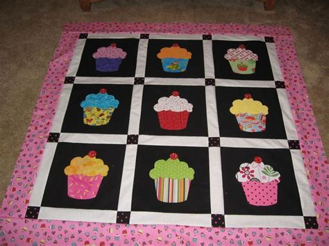 Cupcake Quilt by 25 Best Images About D Bb S Lil Cupcake On