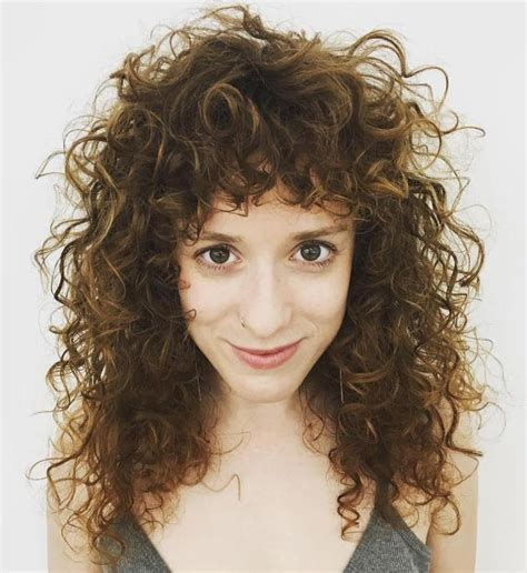 Hairstyles Featuring Curls   40 cute styles featuring curly hair with bangs curly