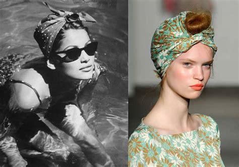 foulard in testa turbante foulard in testa tendenza capelli estate