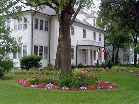 landscaping ideas for front yard with trees garden design