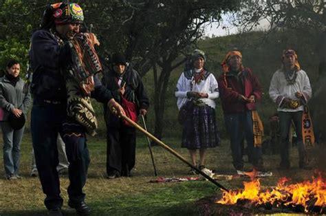 imagenes sacerdotes mayas el tata l 237 der de los sacerdotes mayas pedro ixchop