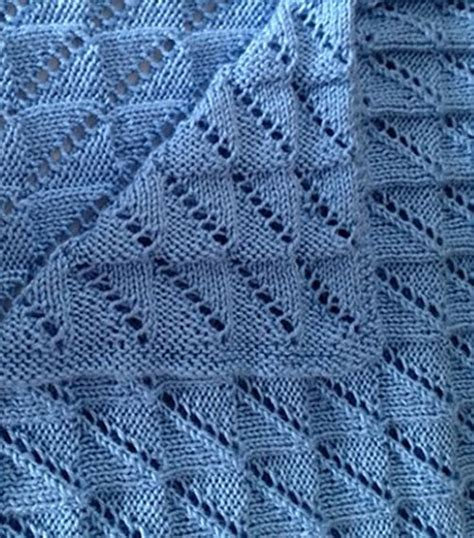 easy lace baby blanket knitting pattern free knitting pattern for easy reversible nickerchen baby