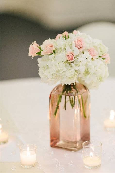 Simple Wedding Centerpieces by 5 Stunning And Simple Wedding Centerpieces Wedding Fanatic