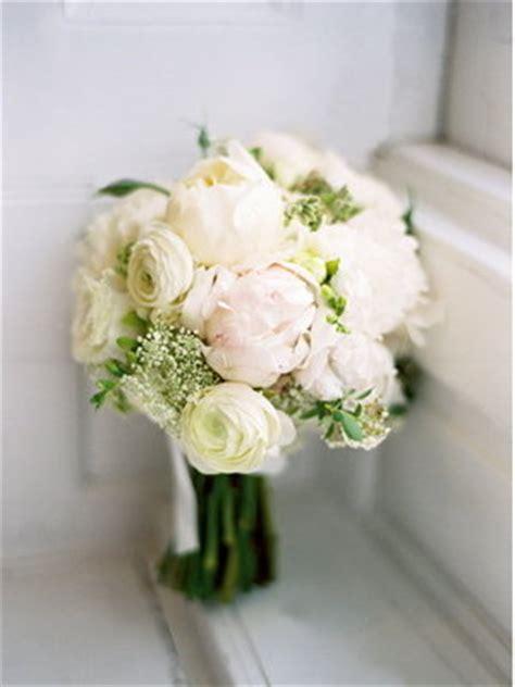 Wedding Bouquet Keeper by Need Help Picking Winter Wedding Flowers Weddingbee