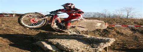 Motorrad Trial In Nrw by Brown Gewinnt Quot Matsch Trial Quot Westfalenpost De