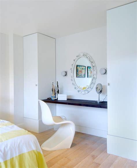 Vanity Desk With Mirror Ikea Pretty Makeup Vanity Table With Lights In Bedroom