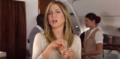 emirates queen commercial jennifer aniston s commercial for emirates airlines lainey