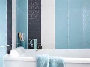 good Recouvrir Faience Salle De Bain #2: carrelage-de-salle-de-bains-credence-de-cuisine-comment-les-recouvrir.jpeg