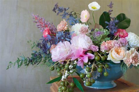 Fresh Flower Arrangement diy fresh flower arrangements from tulipina