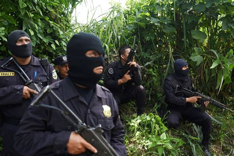 Murder Also Search For It S Official San Salvador Is The Murder Capital Of The World La Times