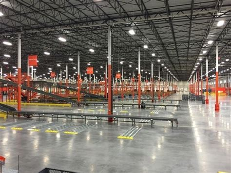 home depots largest distribution center   country