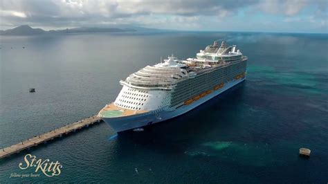 largest cruise ship in the world watch video world s largest cruise ship harmony of the