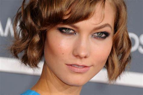 Panas Panas Catok Rambut Lurus Dan Keriting Sonar 2 In 1 Sn 20 5 inspirasi untuk si pemilik rambut pendek keriting popbela