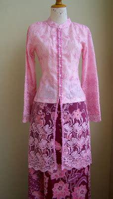 Preloved Dress Biru Unyu kebaya pink