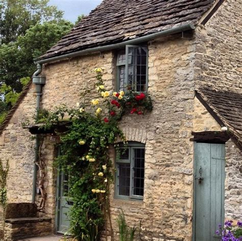 25 best ideas about cottages on