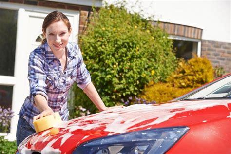 auto putzen innen auto putzen innen und au 223 en so geht s einfach mit wenig