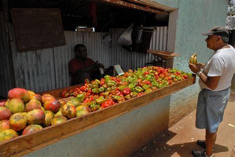 banco frutta e verdura banco frutta e verdura camaguey cuba