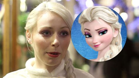 annasophia robb look alike frozen fans go wild for queen elsa lookalike who works at