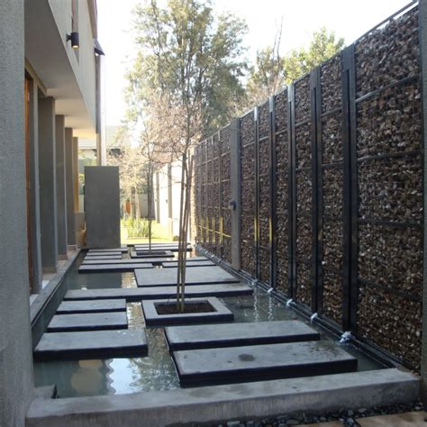 Brise Vue Décoratif 7459 by Int 233 Grer Le Mur Gabion Comme 233 L 233 Ment D 233 Coratif Dans Le Jardin