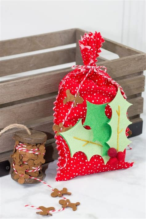 Diy Cricut Christmas Gifts A Little Craft In Day