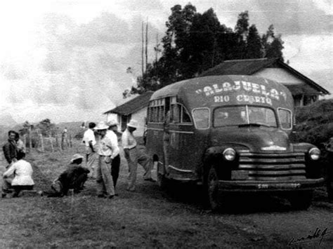 fotos antiguas costa rica cazadora en 1950 foto de rodolfo carrillo arias