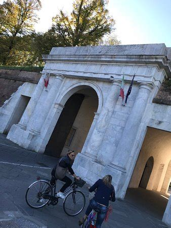 porta elisa lucca porta elisa lucca italy updated 2018 all you need to