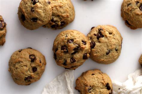 azie kitchen chocolate chips cookies soft chocolate chip cookies recipe genius kitchen