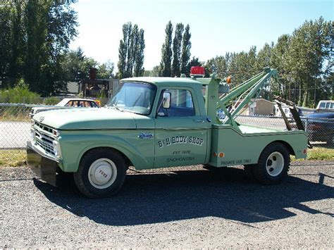antique ford tow truck