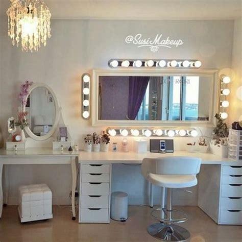 Organize Vanity Table Best 25 Desk Organization Ideas On Pinterest Bedroom Desk Bureau Desk And Diy