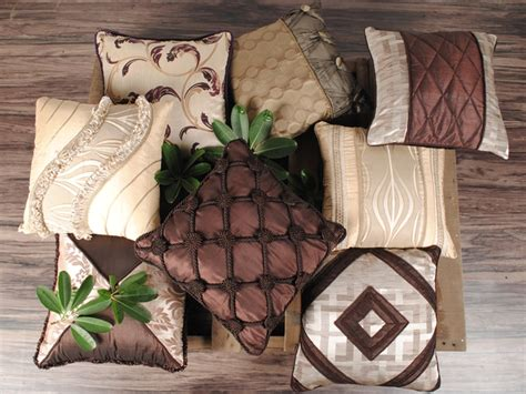 online purchase home decor items redefine beauty of your home with beautiful cushion covers