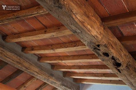 soffitti in legno con travi a vista soffitti in legno con travi a vista le ultime idee sulla