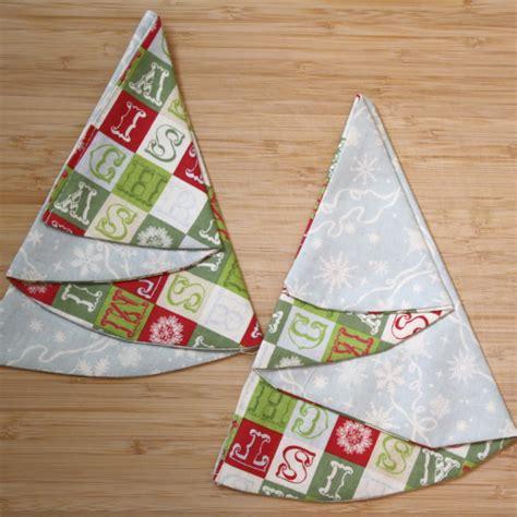 pattern for making christmas tree napkins christmas craft along christmas tree napkin diy