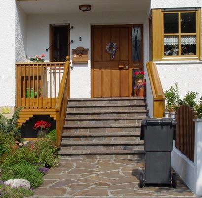 ideen hauseingang hausbau details dach garagen fassade treppen
