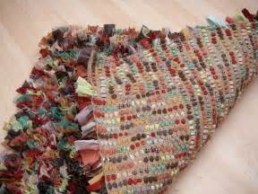 Rag Rug How To Stitchin The Day Away Rag Rug Tutorial