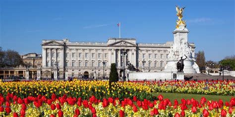 Ideas For Small Bathrooms Uk by Buckingham Palace Secrets Buckingham Palace Trivia