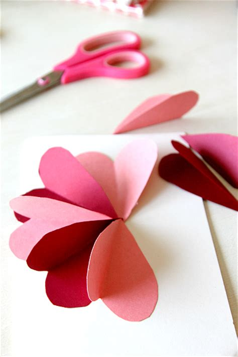 Paper Craft Tutorial - diy flower by hearts card tutorial momdot