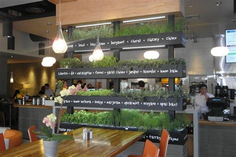 Lyfe Kitchen Menu by Lyfe Kitchen S Green Restaurant Design Tips Trends And