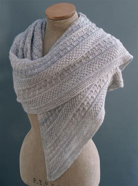knit shawl patterns 17 best ideas about knit scarves on knitting
