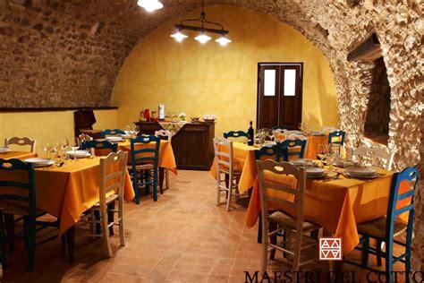 pavimento in cotto per alberghi e ristoranti maestri cotto